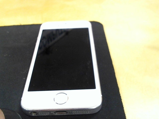 APPLE Cell Phone/Smart Phone IPHONE 5S ME351LL/A