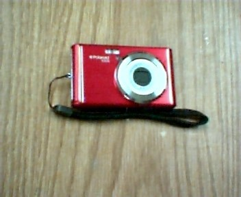 POLAROID Digital Camera IE826