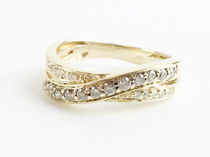 Multi Diamond Ring w 22 Diamonds .22 Carat T.W. 14K 2 Tone Gold 3.03g