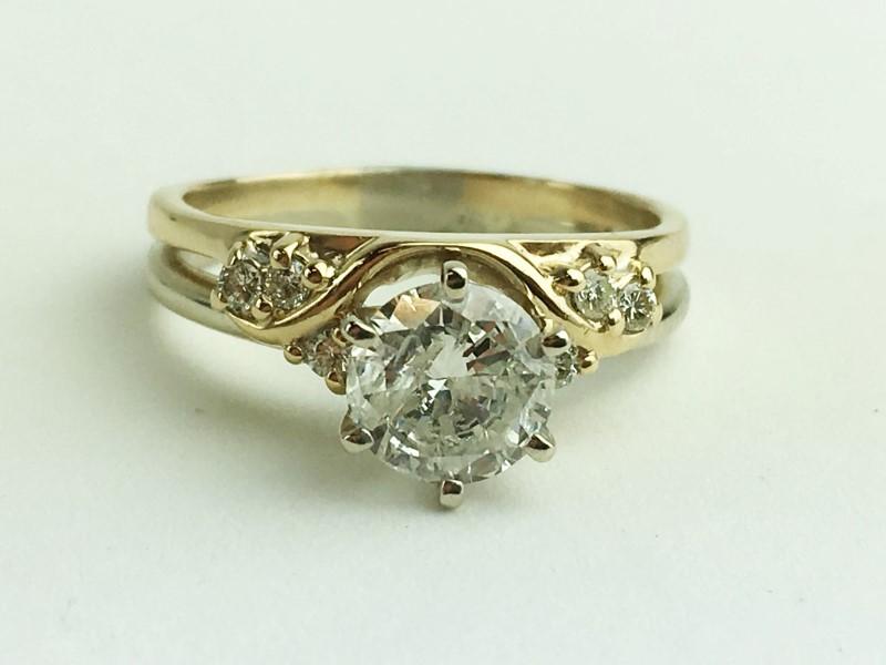Diamond Engagement Ring 7 Diamonds 1.11 Carat T.W. 14K Yellow Gold 4.56g