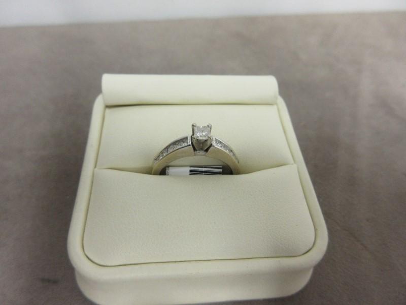 Lady's Diamond Fashion Ring 13 Diamonds .96 Carat T.W. 14K White Gold 3.6g