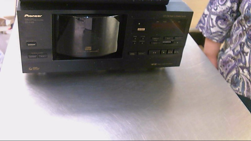 PIONEER ELECTRONICS CD Player & Recorder PD-F958