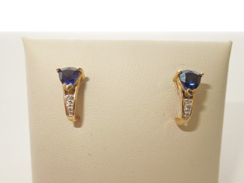 Synthetic Sapphire Gold-Stone Earrings 10K Yellow Gold 1.8g
