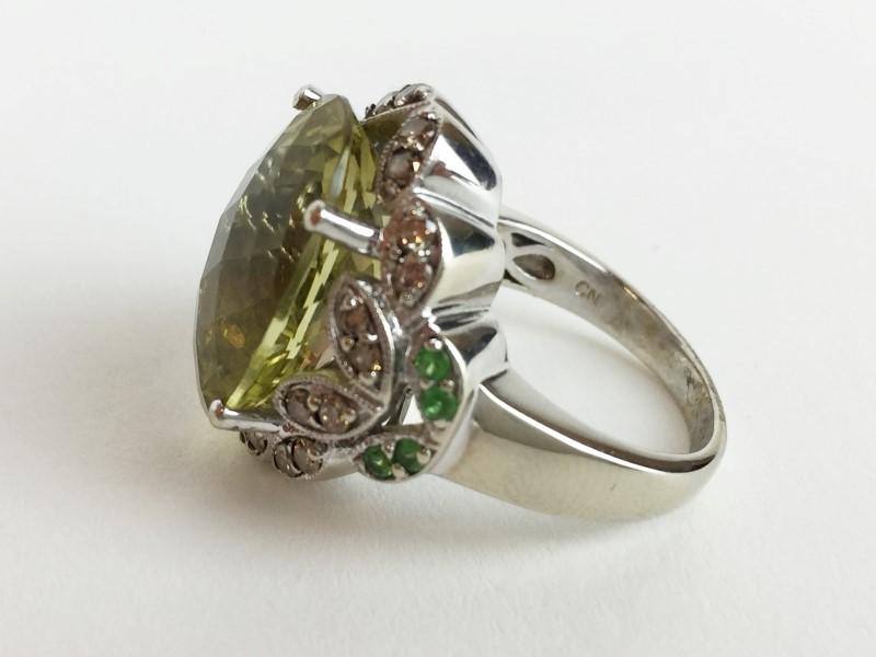 Topaz Emerald & Diamond Ring w 24 Diamonds .48 Carat T.W.
