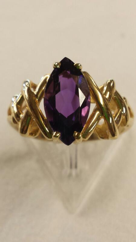 Synthetic Amethyst Lady's Stone Ring 14K Yellow Gold 1.95dwt
