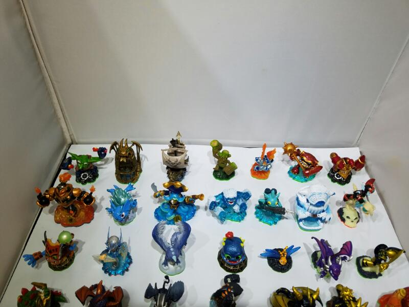 Skylanders SUPER Bundle! Swapforce & Spyros Adventure + 2 Portals & 44 Figures