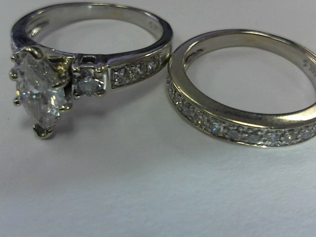 Lady's Diamond Wedding Set 22 Diamonds 1.62 Carat T.W. 14K White Gold 4dwt