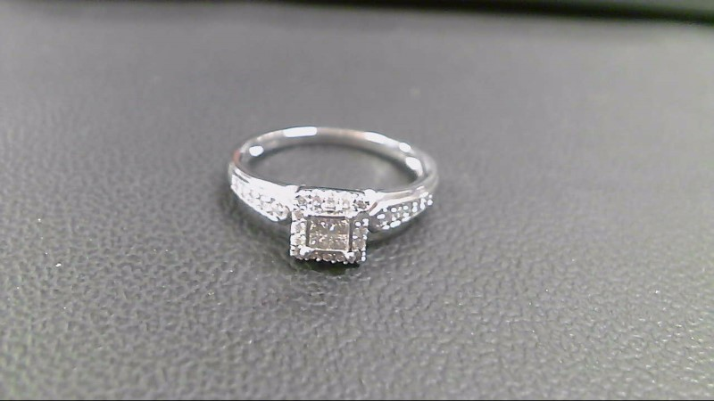 Lady's Diamond Wedding Band 30 Diamonds .92 Carat T.W. 14K White Gold 2.2g