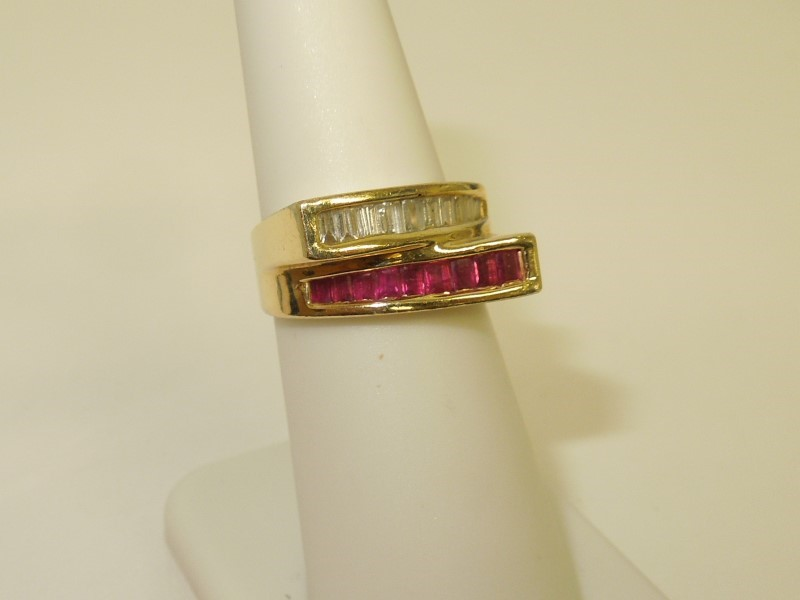 Ruby Lady's Stone & Diamond Ring 10 Diamonds .20 Carat T.W. 14K Yellow Gold