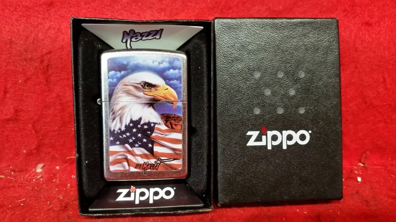 2007 Zippo American Flag & Bald Eagle Lighter by Hazzi