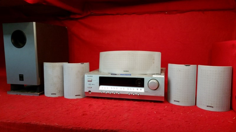 Onkyo AM/FM Home Surround Sound Theatre System