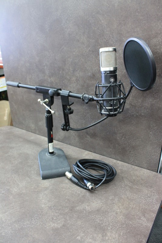 STERLING AUDIO Microphone ST59
