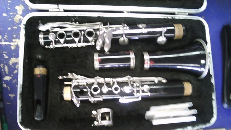 BUNDY Clarinet 557