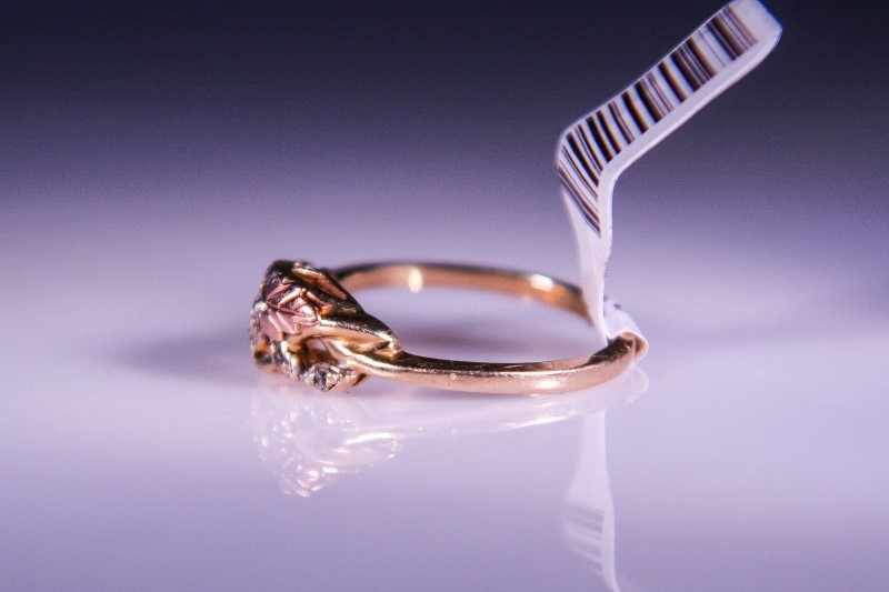 Lady's Diamond Fashion Ring 5 Diamonds .05 Carat T.W. 10K Yellow Gold 2.1g