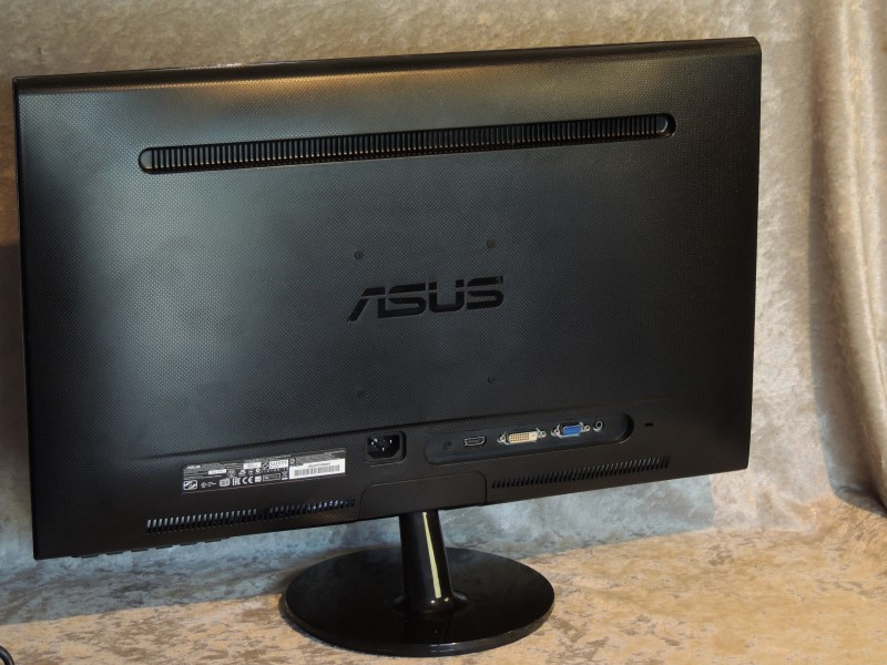 "ASUS 23.6"" Widescreen LED Monitor 1920 x 1080 16:9 Black"