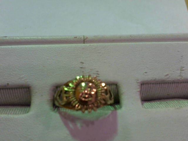 Lady's Gold Ring 10K Yellow Gold 2.6g