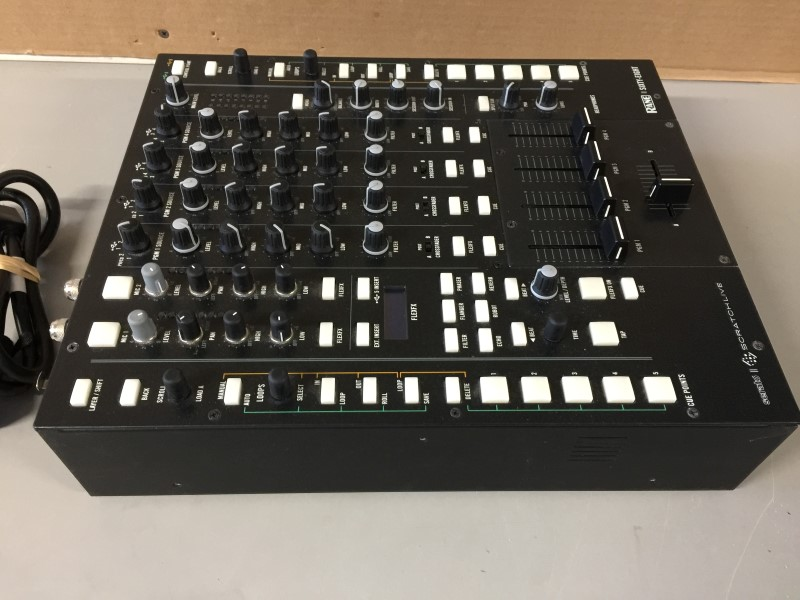 RANE II SIXTY-EIGHT Pro DJ Mixer for Serato Scratch Live