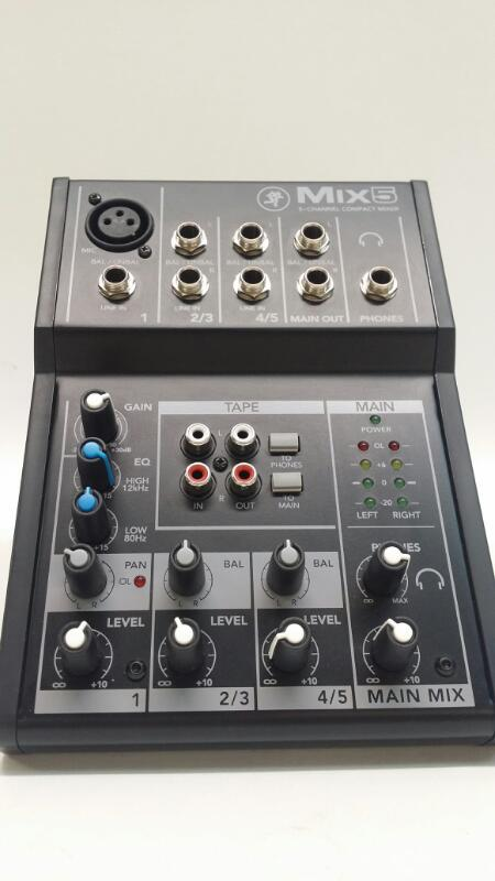 Mackie Mix5 5-Channel Compact Mixer with 1 Mic/Line Input>