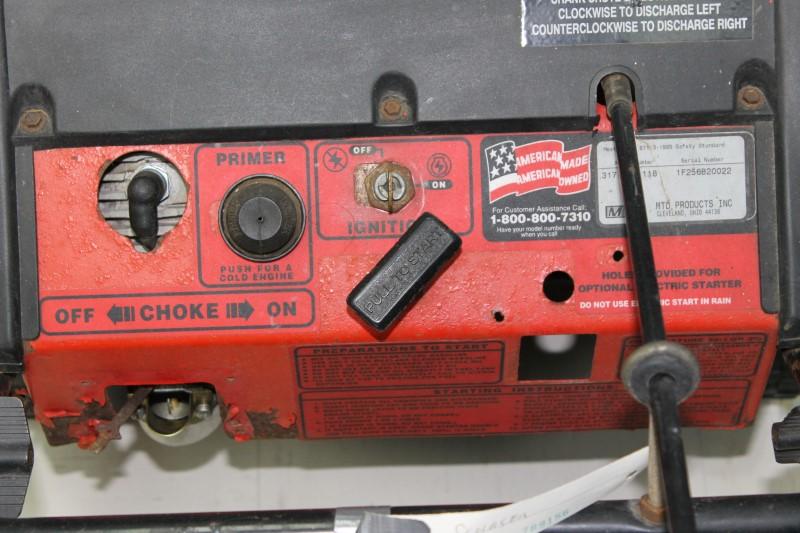 Yard Machines Snow Blower 31AS250-800 21 Inch 139CC Snowblower
