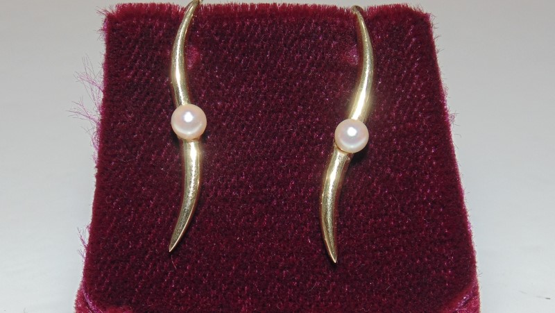 PEARL YELLOW GOLD THREADER EARRINGS 1.8G