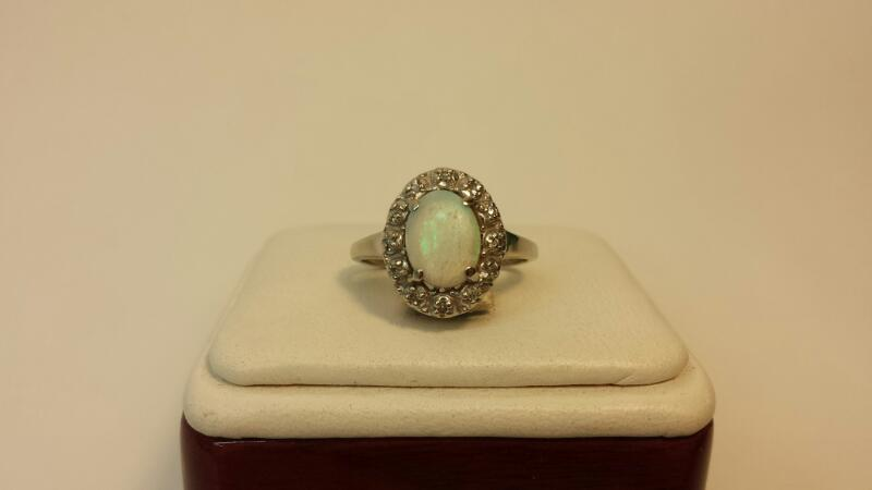 10k White Gold Ring with 1 Oval Opal and 12 Diamond Chips - 1.8dwt - Size 7.5