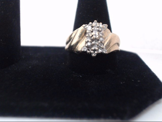 Lady's Gold Ring 10K Yellow Gold 4g