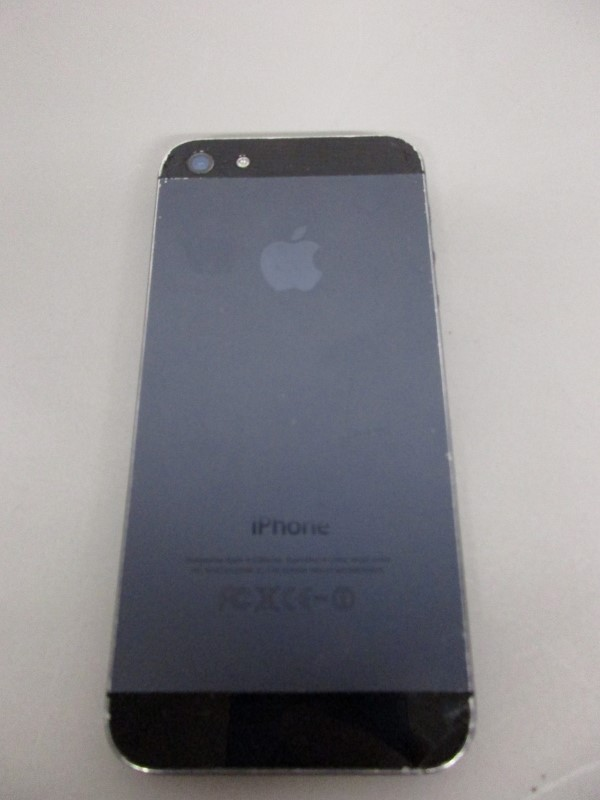 APPLE IPHONE 5 A1428, 32GB, AT&T, CRACKED SCREEN, PARTS/REPAIR
