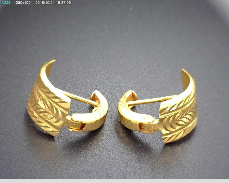 21K GOLD EARRINGS 3.5G