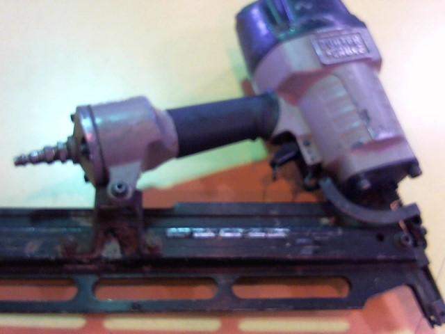 PORTER CABLE Nailer/Stapler FR350 ROUND HEAD