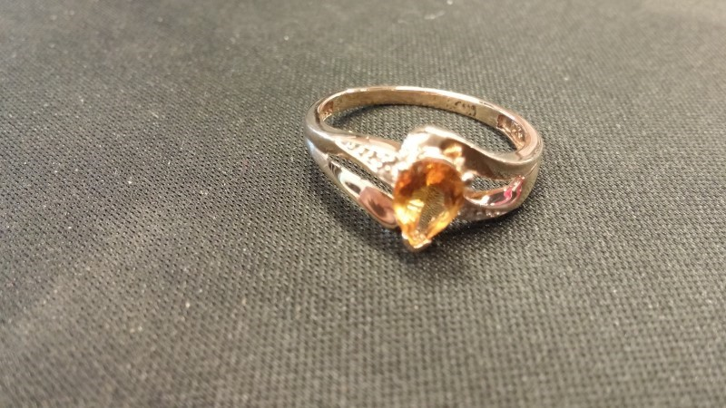 YELLOW STONE Synthetic Citrine Lady's Stone Ring 10K Yellow Gold 1.3dwt
