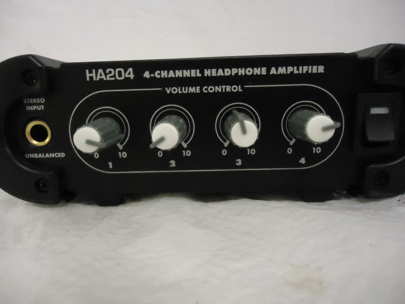 LIVEWIRE SOLUTIONS Mixer HA204 4-CHANNEL HEADPHONE AMP