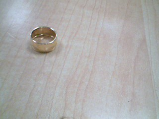 Lady's Gold Ring 18K Yellow Gold 2.1g