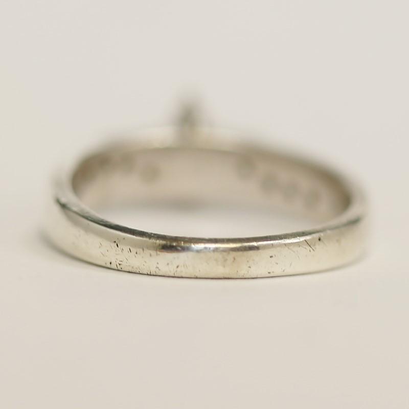 Lady's Silver-Diamond Ring 14 Diamonds .14 Carat T.W. 925 Silver 3.8g Size:6.8