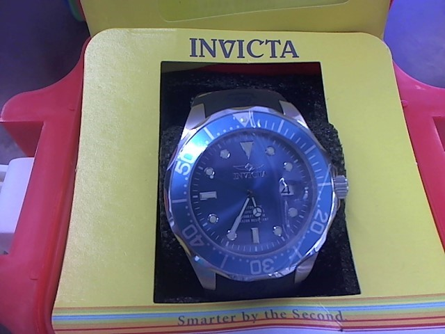 INVICTA Gent's Wristwatch 17575 with Hard Case & Papers