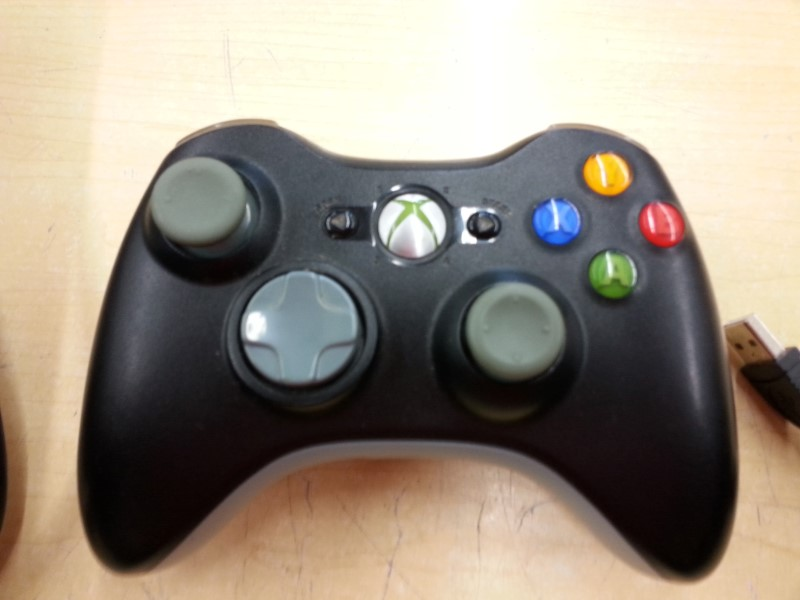 XBOX 360 CONTROLLER - WIRELESS