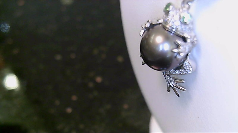 Lady's 18k white gold round diamond with gray pearl frog pendant