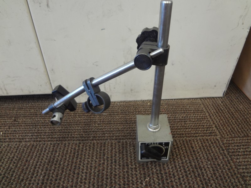 PHASE 2 900-301 MAGNETIC BASE FOR DIAL INDICATOR