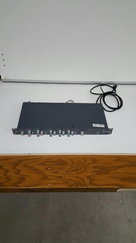 Symetrix 528 Microphone Mic Voice Processor Preamplifier Channel Strip