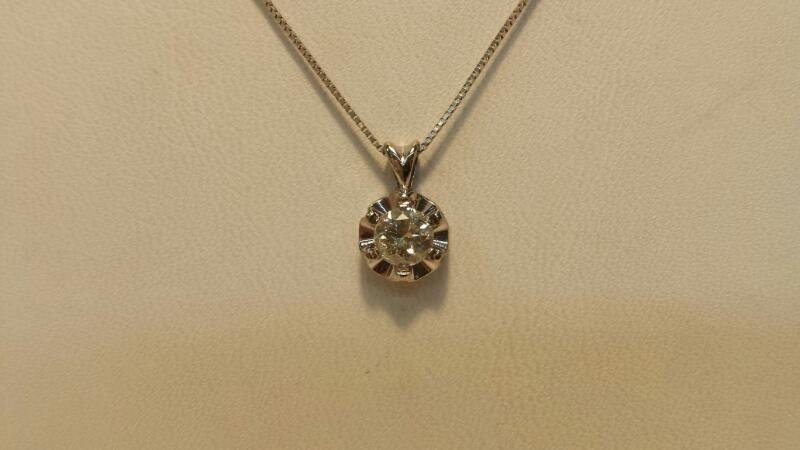 14k White Gold Box Necklace with Diamond Pendant at .47ctw - 1.3dwt - Lenght 18""