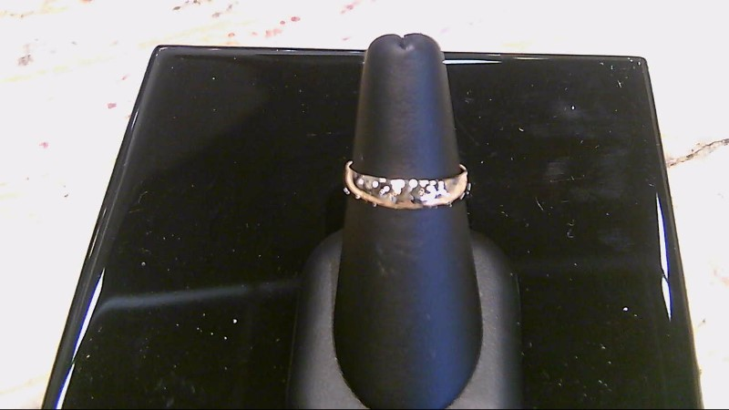 Lady's 10k yellow gold size 7-4mm wed band