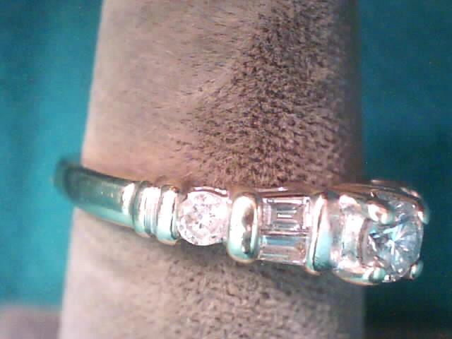 Lady's Diamond Solitaire Ring 7 Diamonds 1.30 Carat T.W. 14K Yellow Gold 1.8dwt