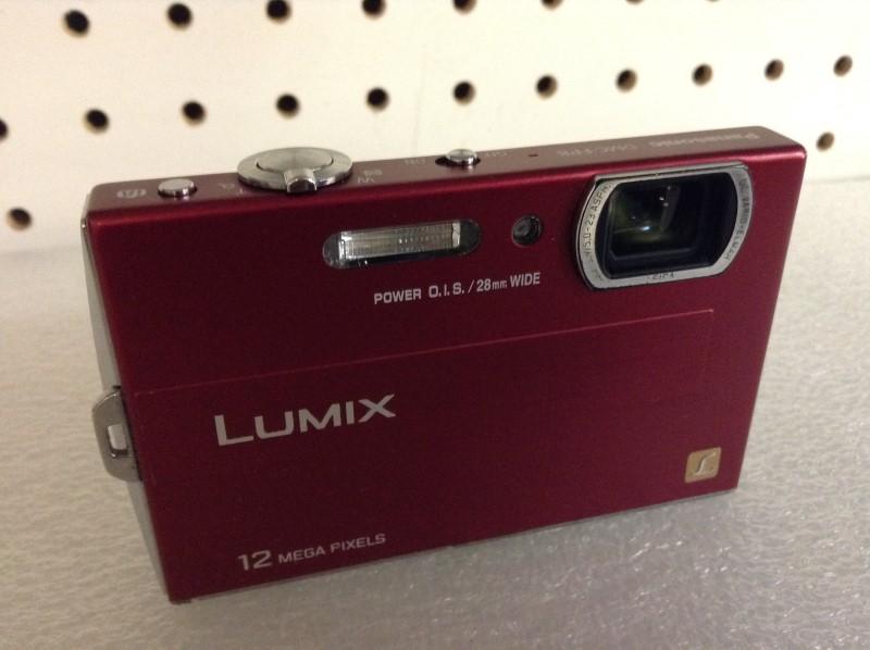 PANASONIC Digital Camera DMC-FP8