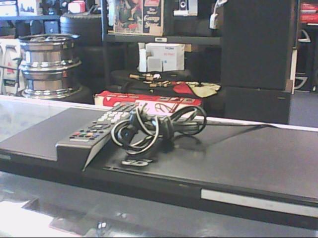 SAMSUNG DVD Player BD-C5900