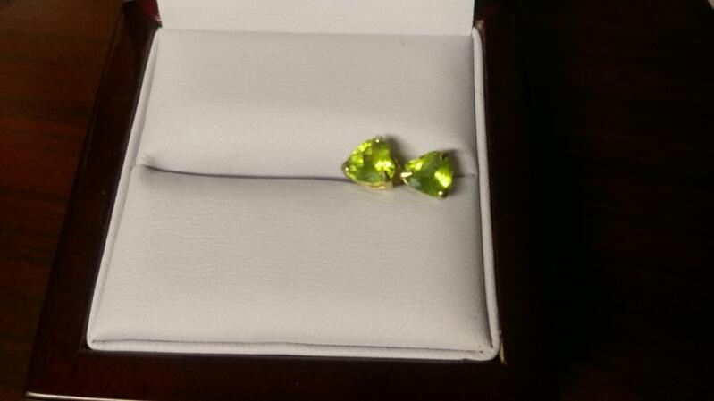 Gold Earrings with green stones 10K Yellow Gold 0.7g