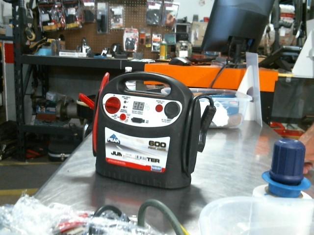 PEAK JUMPSTART Battery/Charger 600