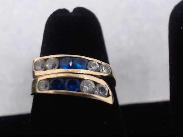 Synthetic Cubic Zirconia Lady's Stone Ring 10K Yellow Gold 2.7g