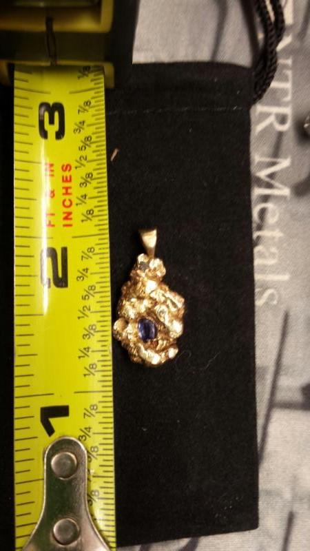 Sapphire Gold-Stone Pendant 14K Yellow Gold 3.76dwt