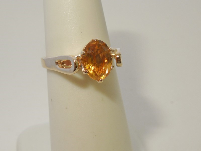 Synthetic Citrine Lady's Stone Ring 14K Yellow Gold 3g