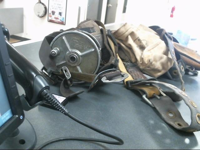 FALLTECH Tool Bag/Belt/Pouch FULL BODY HARNESS