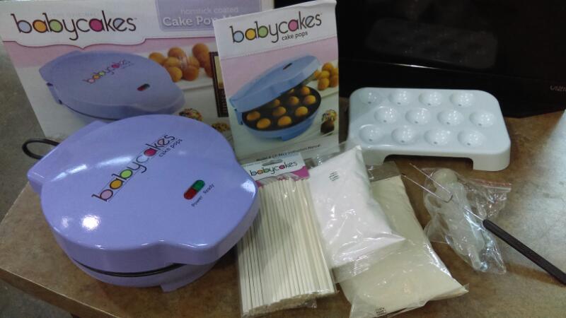 BABYCAKES CAKE POP MAKER CP-94LV